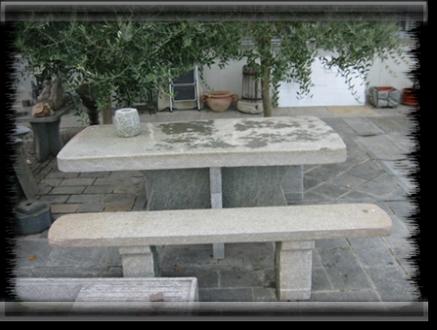 Pietra di luserna tavoli pietra di luserna estrazione lavorazione vendita online - Tavolo in pietra giardino ...
